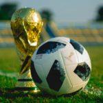 Main Judi Bola Online Dan Apa Yang Perlu Kita Perhatikan